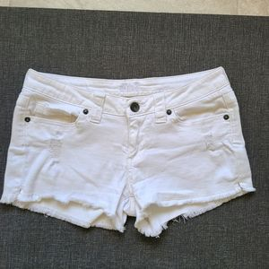 Sneak peak white shorts size M